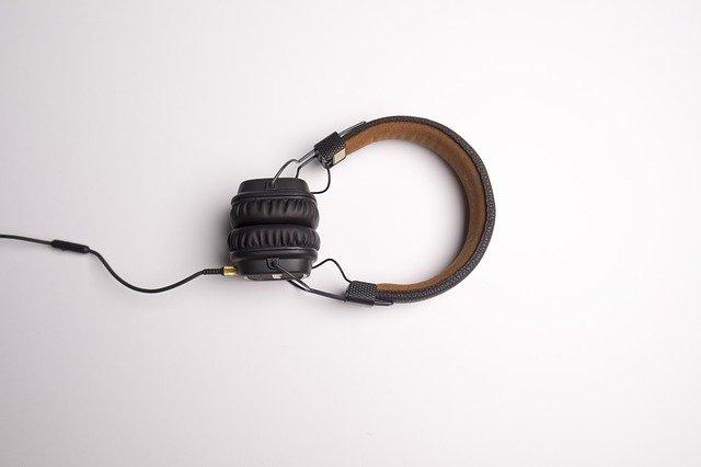 Wat zijn podcasts en waarom zou ik er naar luisteren?
